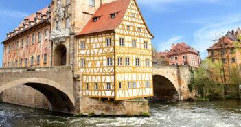 """Fränkische """"Dorfrocker"""" drehen Video in Mainz"""